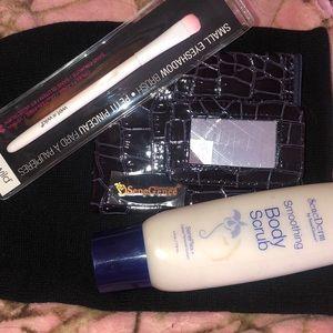 New Small makeup bag/shadow brush/Body Scrub